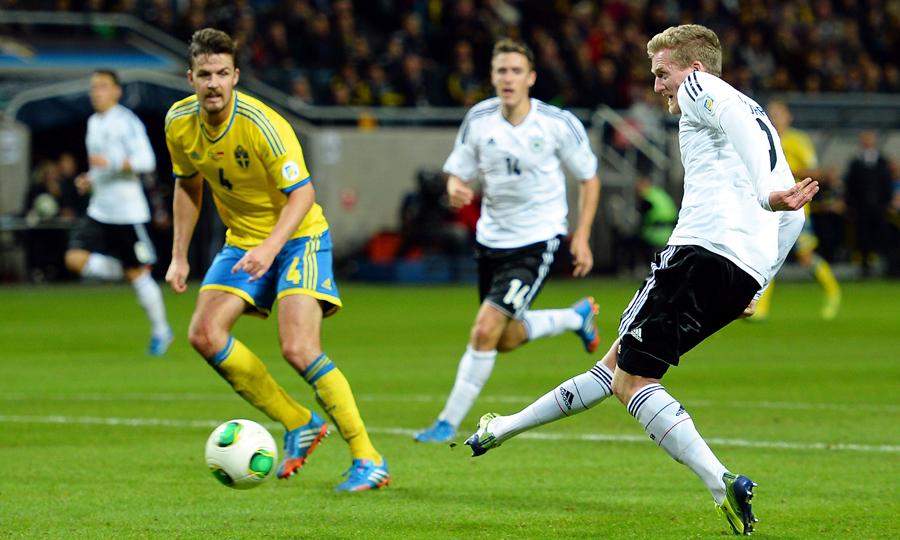 Schürrle fez três gols contra a Suécia