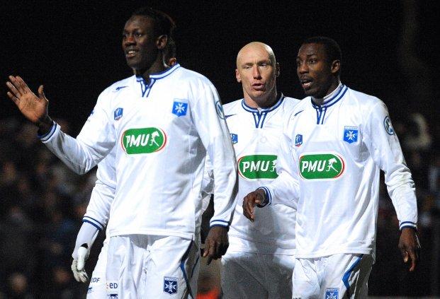O azul e branco de Auxerre voltou a uma final de Copa da França