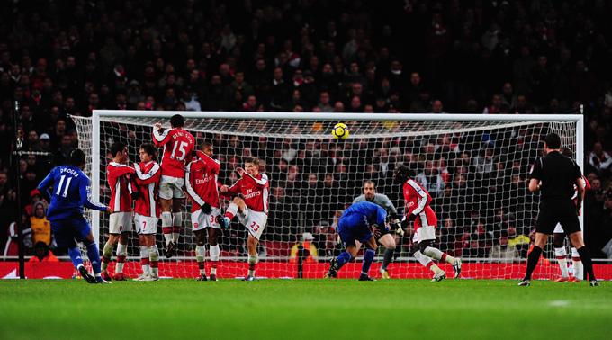 Drogba bateu como se fosse pênalti (foto Getty Images)