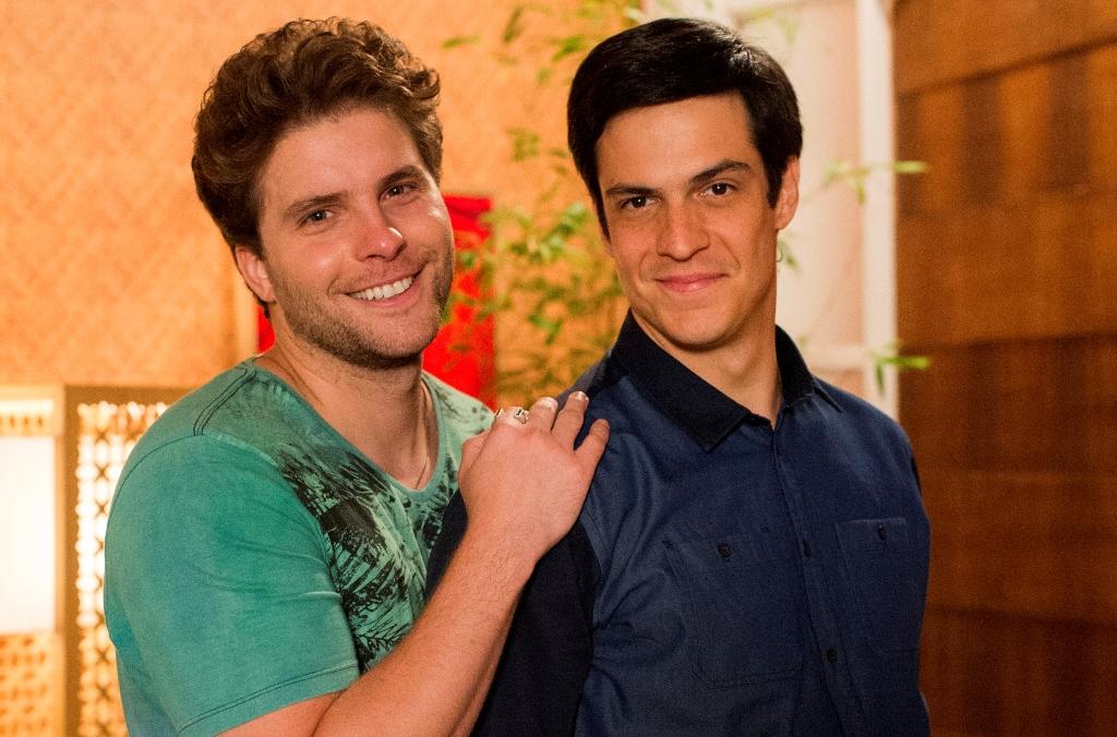 A novela do horário nobre nos deve um beijo gay e apaixonado, ou seja, cheio de amor (Divulgação/TV Globo)