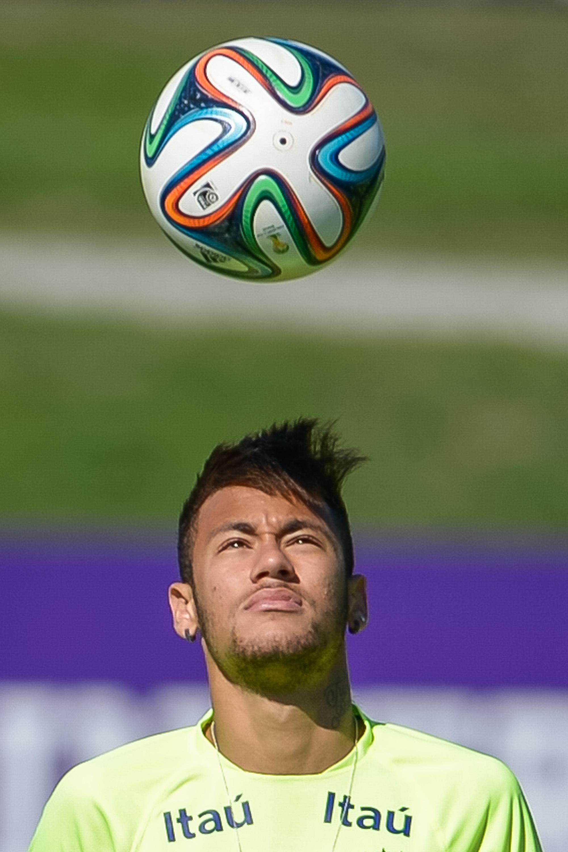 Neymar está envolto pela energia de Netuno, o planeta dos milagres. Foto: Buda Mendes/Getty Images