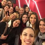 Sheilla aproveitou e foi para o cinema com as companheiras de time na Turquia