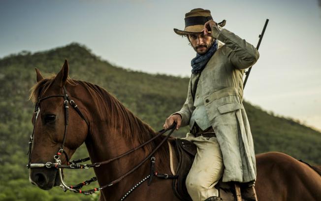 Rodrigo Santoro aceitou voltar para as novelas após 13 anos para fazer a trama