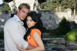 William Levy e Maite Perroni protagonizam a novela (Foto: Divulgação Televisa/SBT)