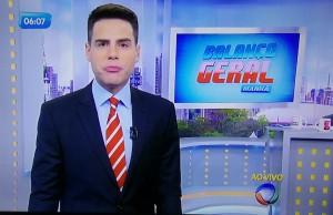"""Luiz Bacci já voltou a apresentar o """"Balanço Geral Manhã"""" nesta segunda-feira (16) (Foto: Reprodução/TV)"""