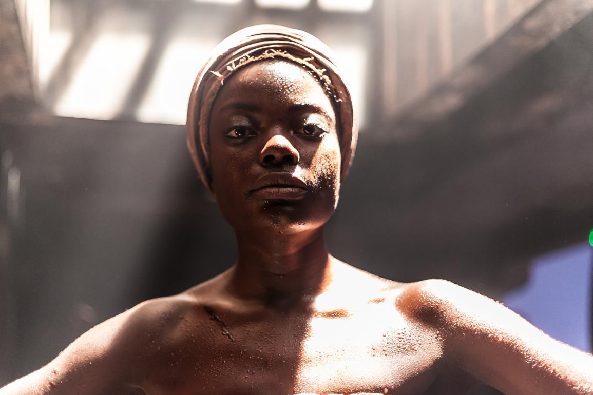 nayara justino escrava mãe