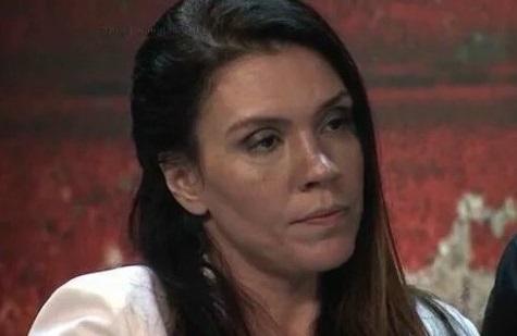 Cantora passou mal e se trancou no camarim após derrota (Foto: Reprodução/Twitter)