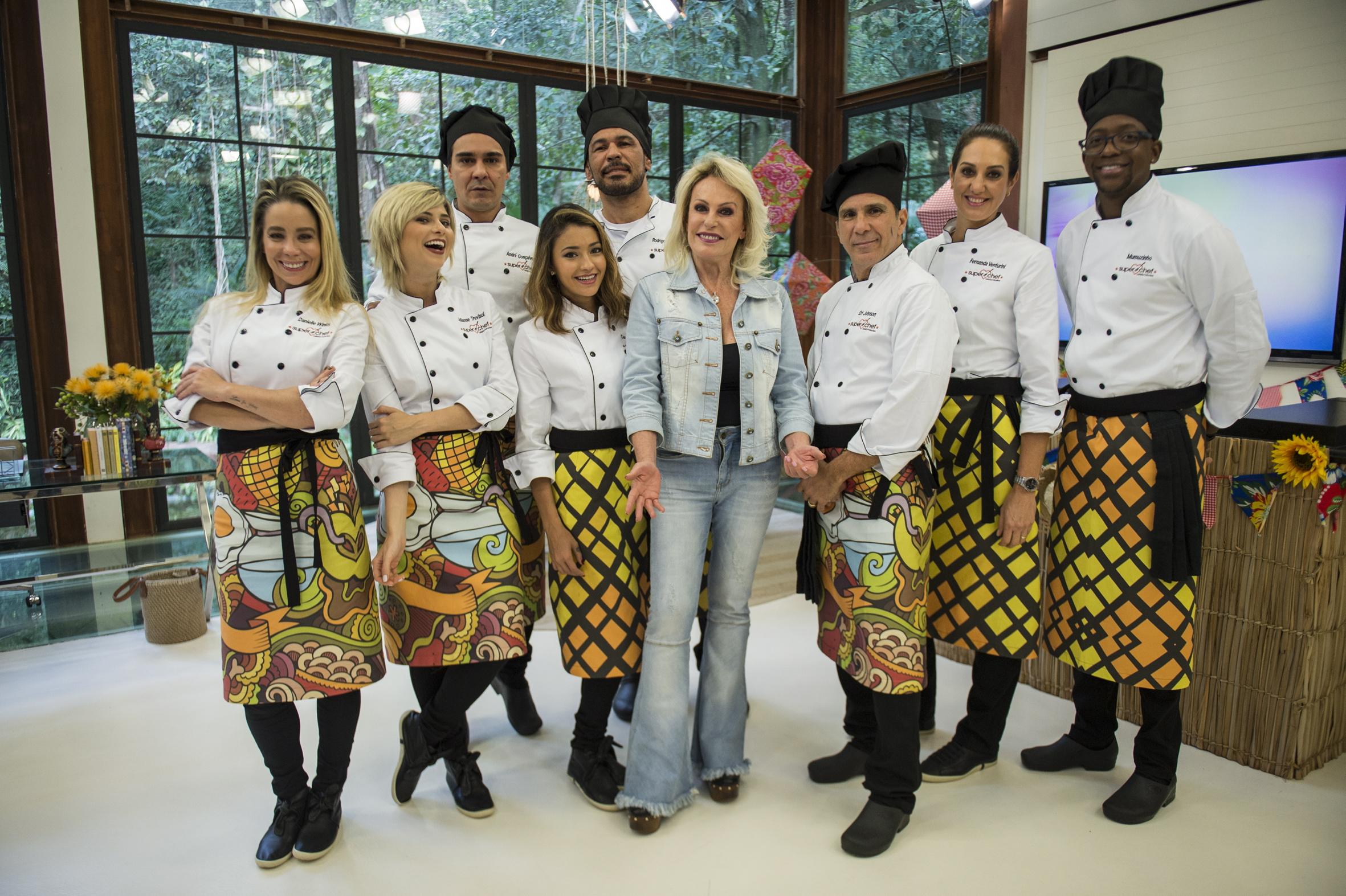 Ana Maria Braga (ao centro) com os oito participantes desta edição (Fotos: Renato Rocha Miranda/Globo)