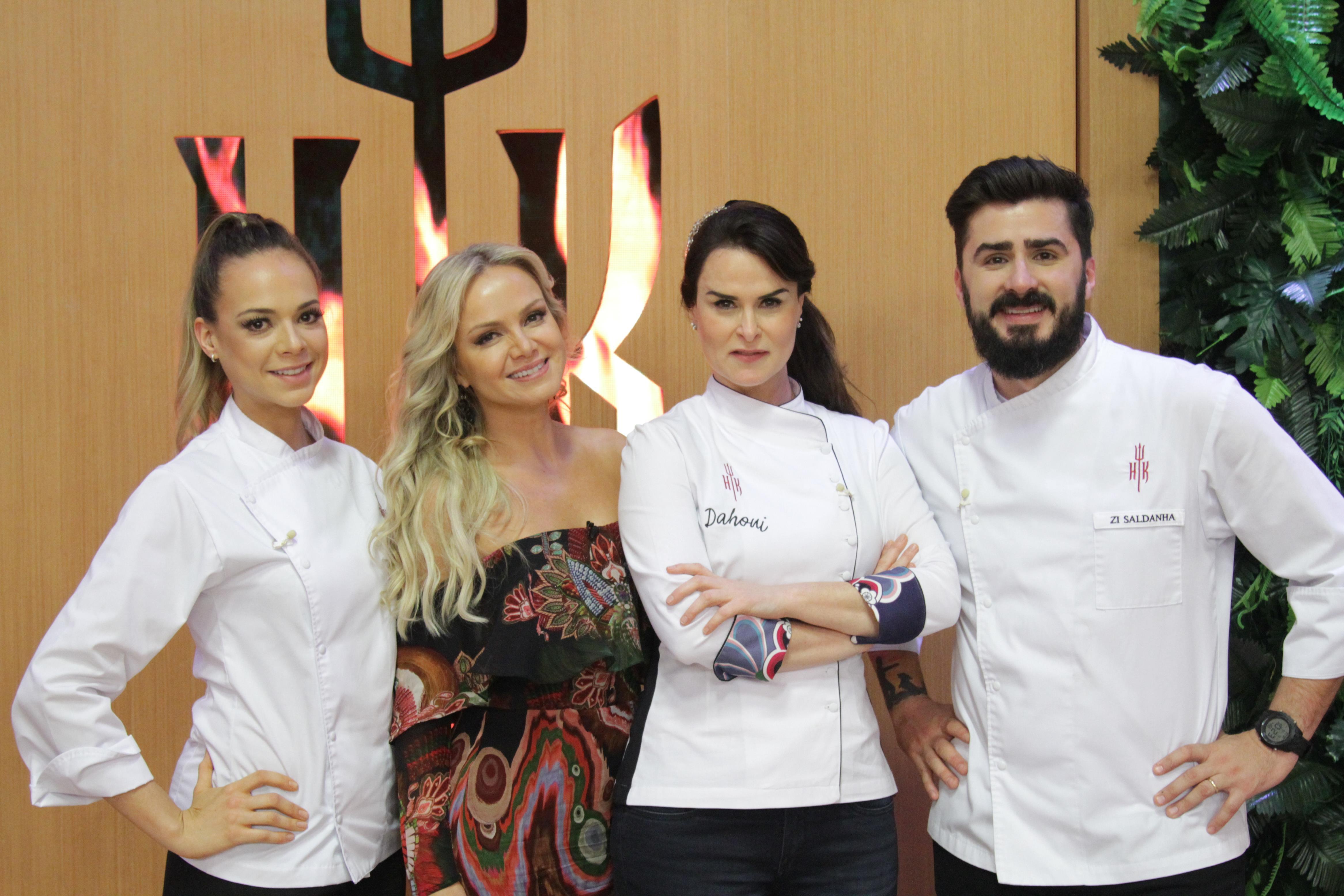 Eliana com os apresentadores do Hell's Kitchen (Fotos Gabriel Gabe/SBT)