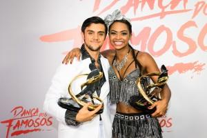 Felipe e Carol foram os vencedores da 13ª edição do quadro (Ramón Vasconcelos/Globo)