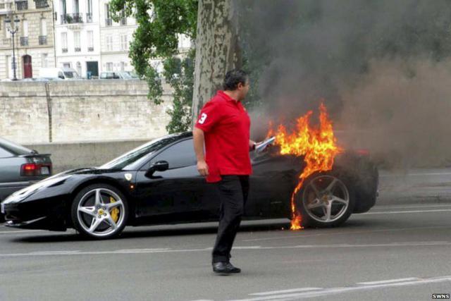 carros_luxuosos_batidos_06