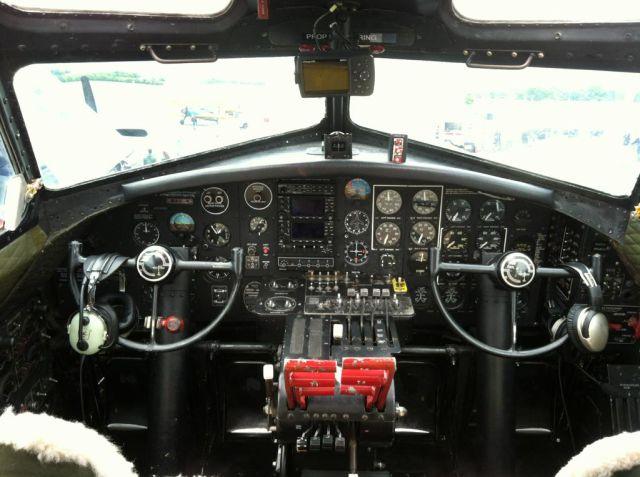 cockpit_05