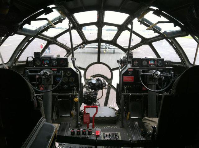 cockpit_13