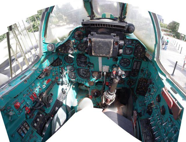 cockpit_18