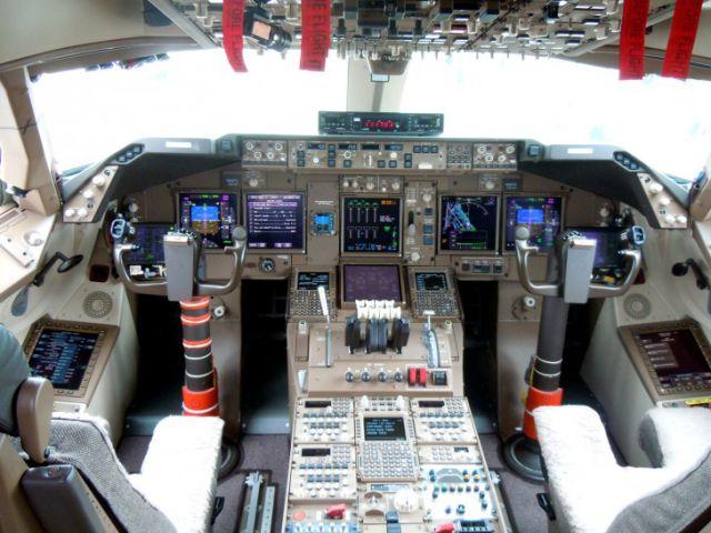 cockpit_22