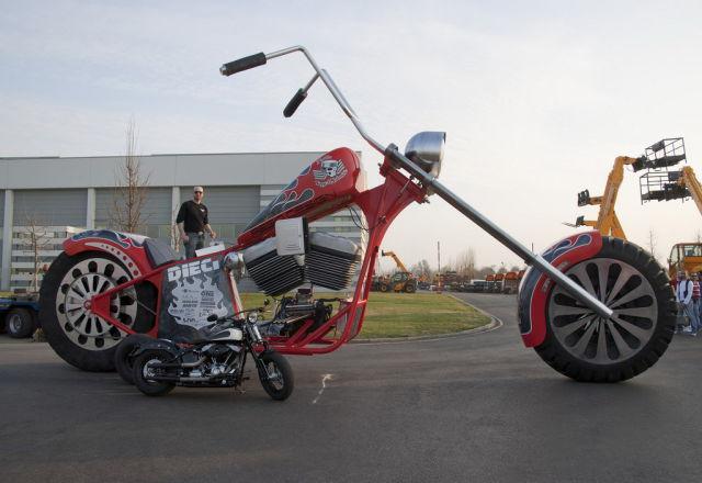 moto_gigante_33