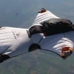 wingsuit-flying2