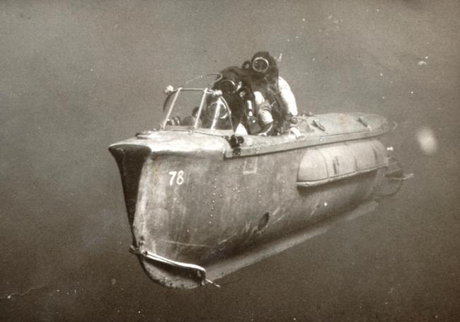 Veículo subaquático em uso pela unidade de comando israelense, em 1967