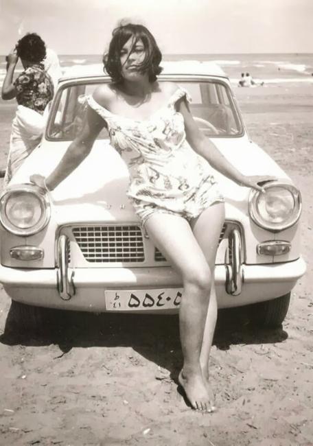 Mulher iraniana antes da Revolução Islâmica, em 1960
