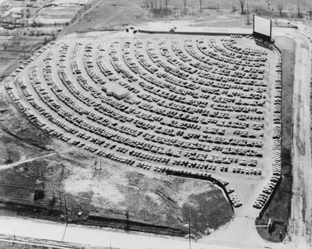 Cinema drive-in nos EUA, em 1950