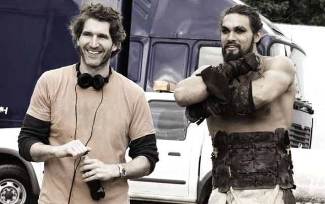 on_set_with_cast_and_crew_of_game_of_thrones_640_25