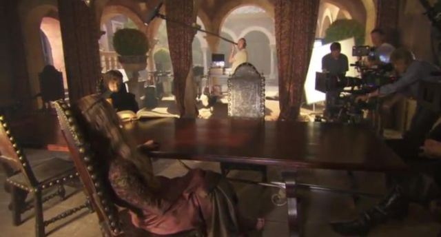 on_set_with_cast_and_crew_of_game_of_thrones_640_36