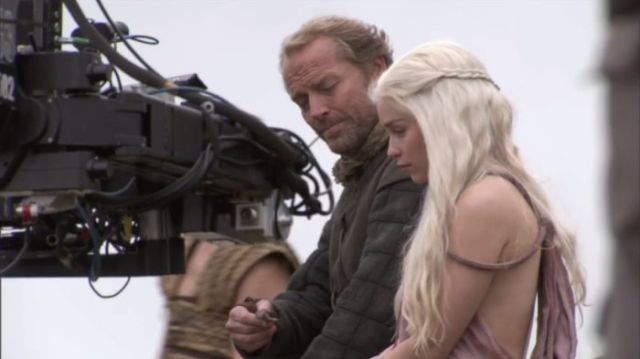on_set_with_cast_and_crew_of_game_of_thrones_640_38