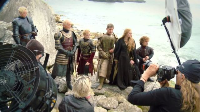 on_set_with_cast_and_crew_of_game_of_thrones_640_40