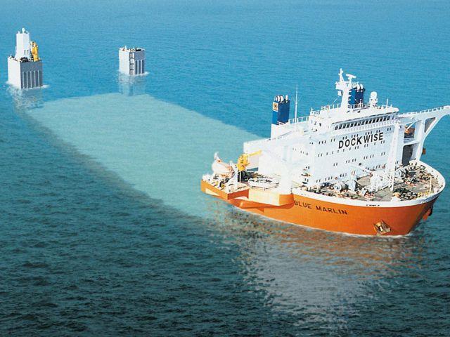 an_impressive_ship_designed_to_transport_massive_loads_640_01