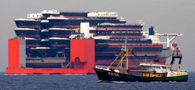 an_impressive_ship_designed_to_transport_massive_loads_640_04