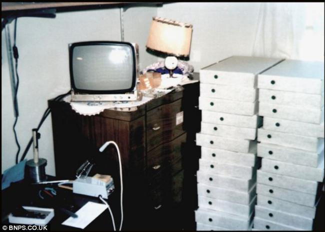Primeira foto do primeiro computador da Apple, que ficava no quarto de Steve Jobs quando ele ainda morava com os pais, em 1976