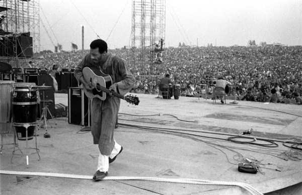 Photos-of-Life-at-Woodstock-1969-18