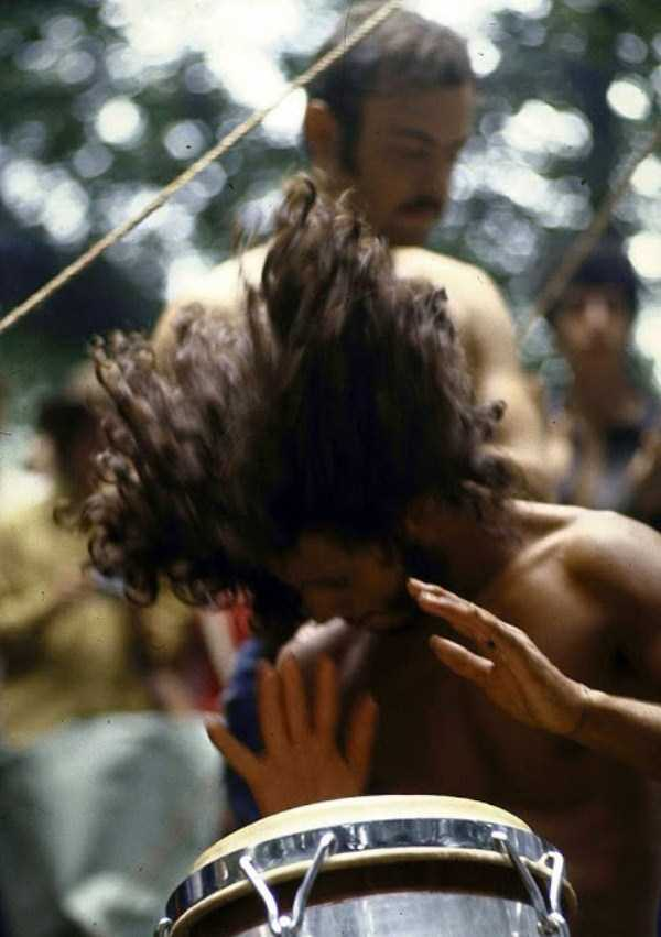 Photos-of-Life-at-Woodstock-1969-40