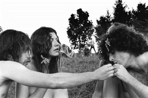 Photos-of-Life-at-Woodstock-1969-58