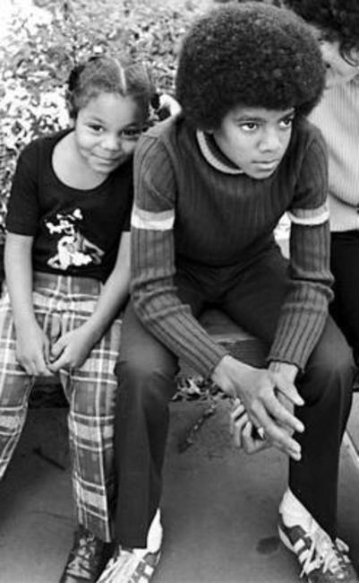 Janet e Michael Jackson.