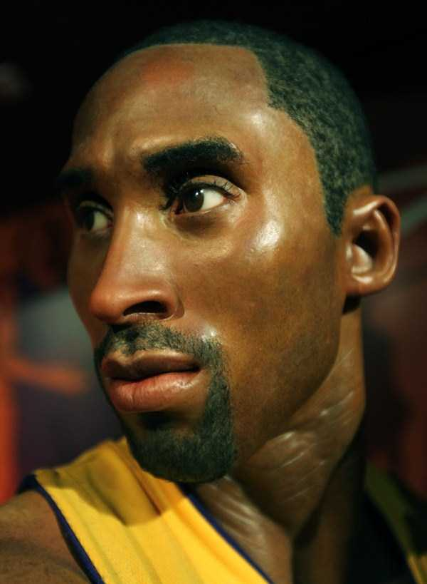 hollywood-stars-lifelike-wax-figures-16