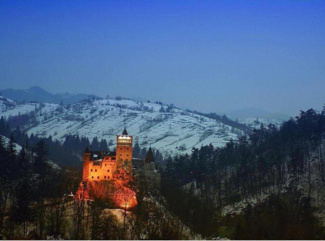 Castelo do Drácula construído na Romênia.