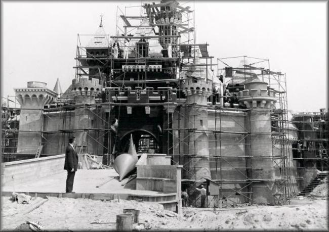 Disney em construção.