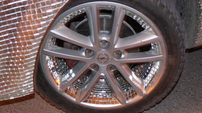 carro_espelhado_12