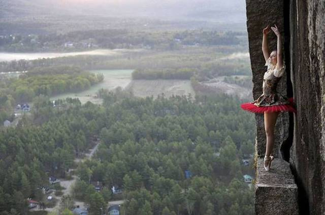 professional_mountain_guide_takes_daredevils_up_mountains_to_do_something_out_of_the_ordinary_640_10