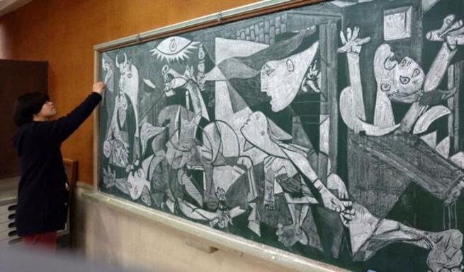 drawings_on_a_blackboard_08