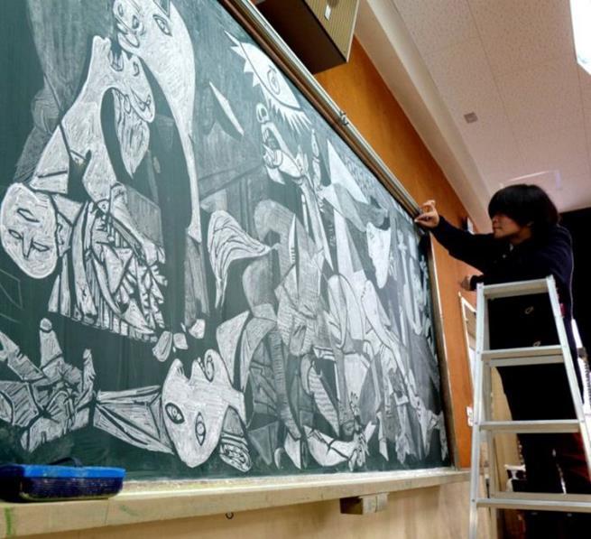 drawings_on_a_blackboard_12