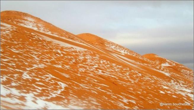 snowfall_in_sahara_07