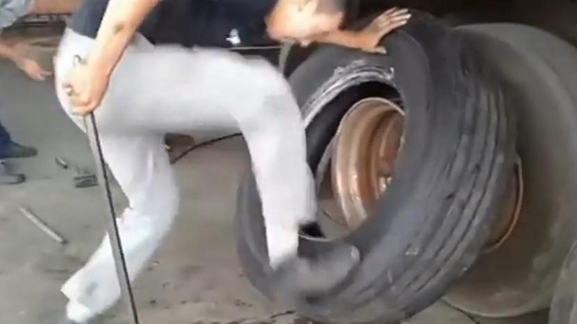 trocando_pneu