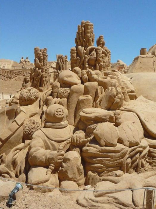 sand_sculpture_masterpieces_23