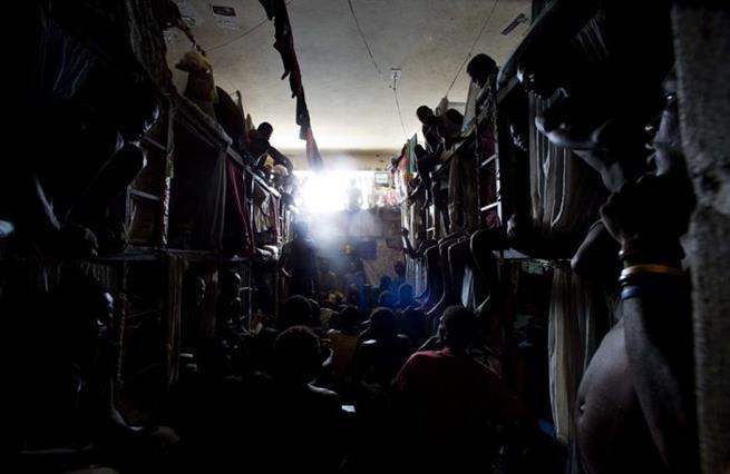 haitian_prison_08