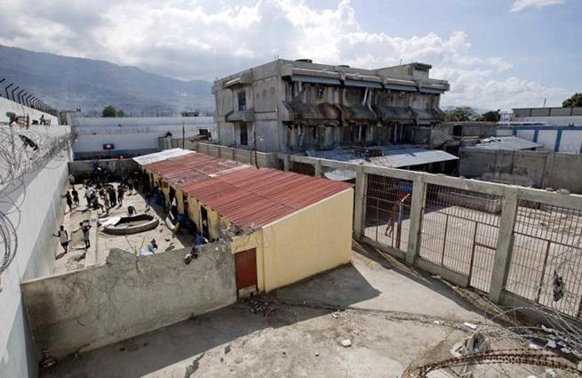 haitian_prison_12