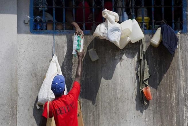 haitian_prison_21