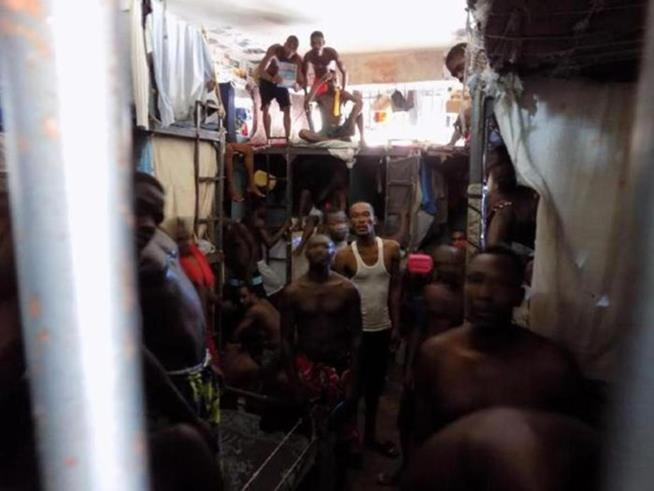 haitian_prison_23
