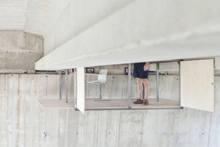 studio_under_bridge_05